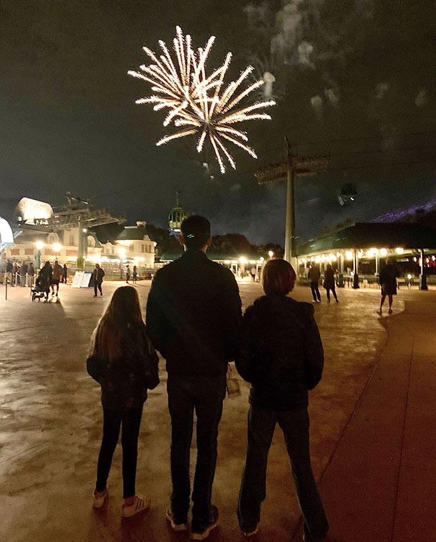 Kids watching the Epcot fireworks