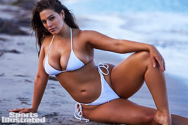 overweight woman si swimsuit